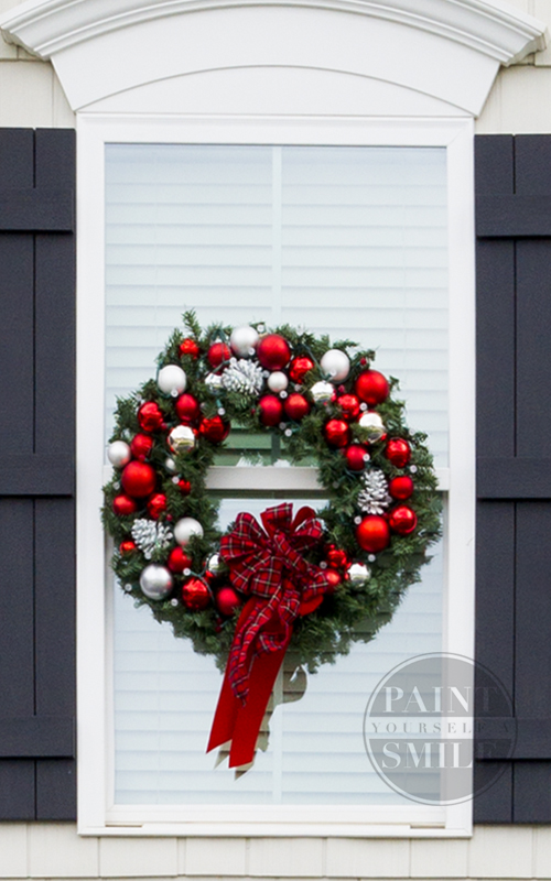 Diy christmas window wreaths paint yourself a smile wow i love these diy christmas window wreaths and she has great instructions solutioingenieria