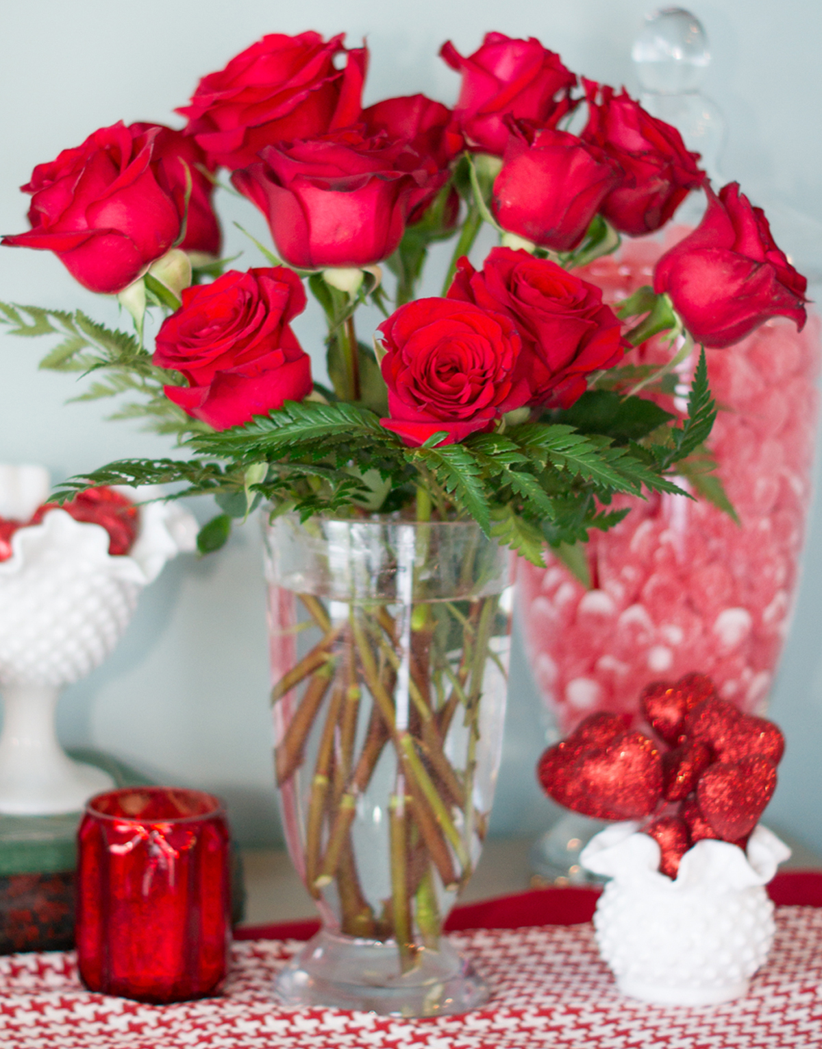 How to arrange flowers in a vase the florist way