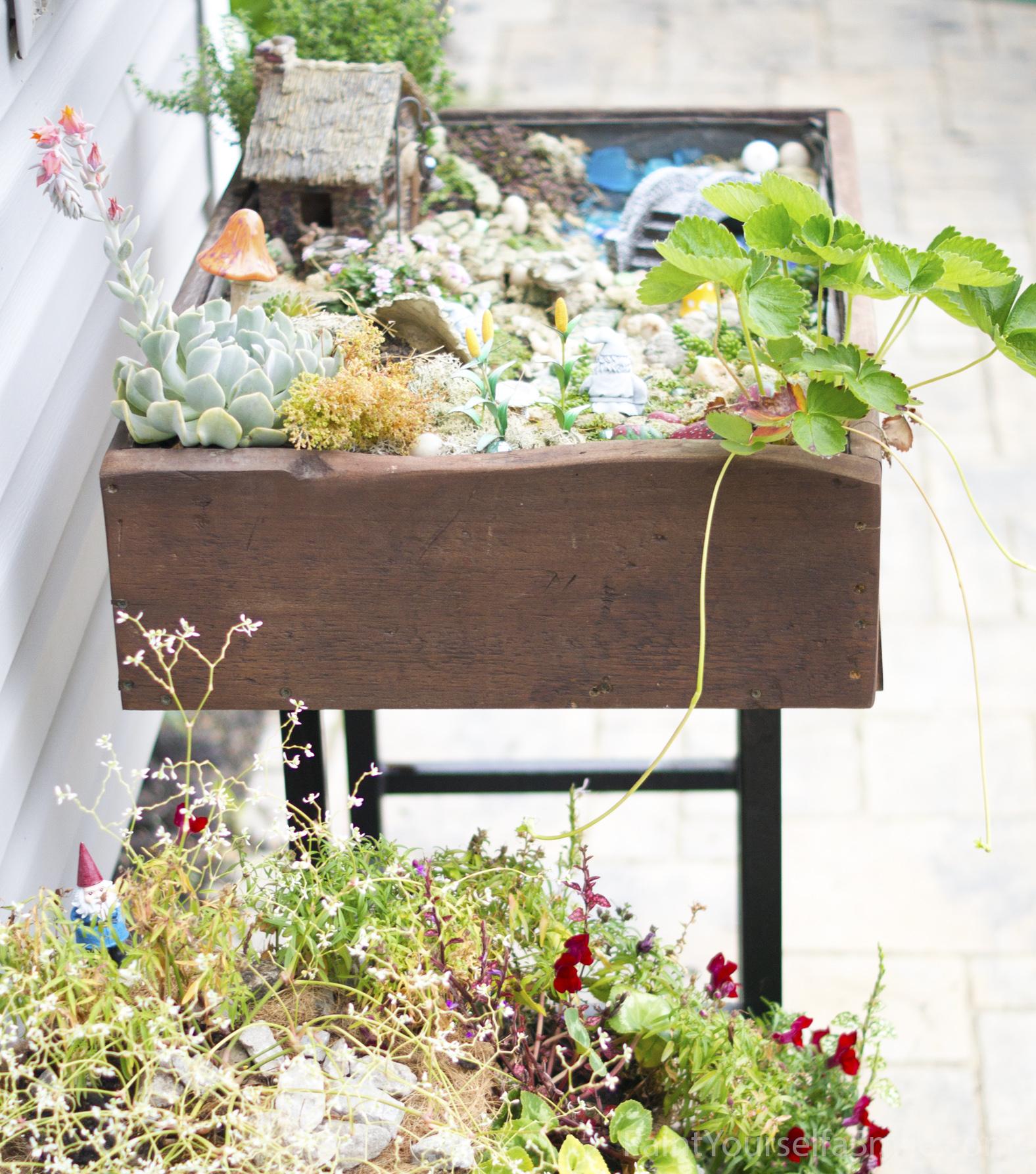 building a garden table