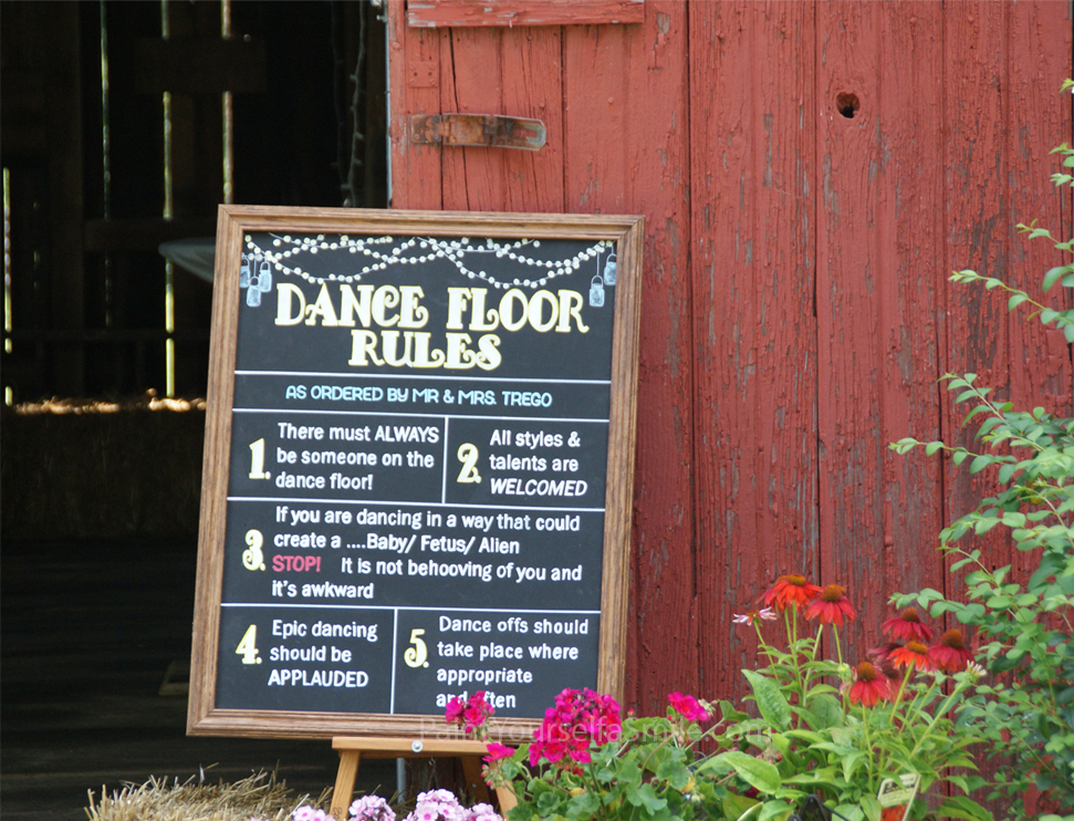 Barn Wedding Chalkboard Art