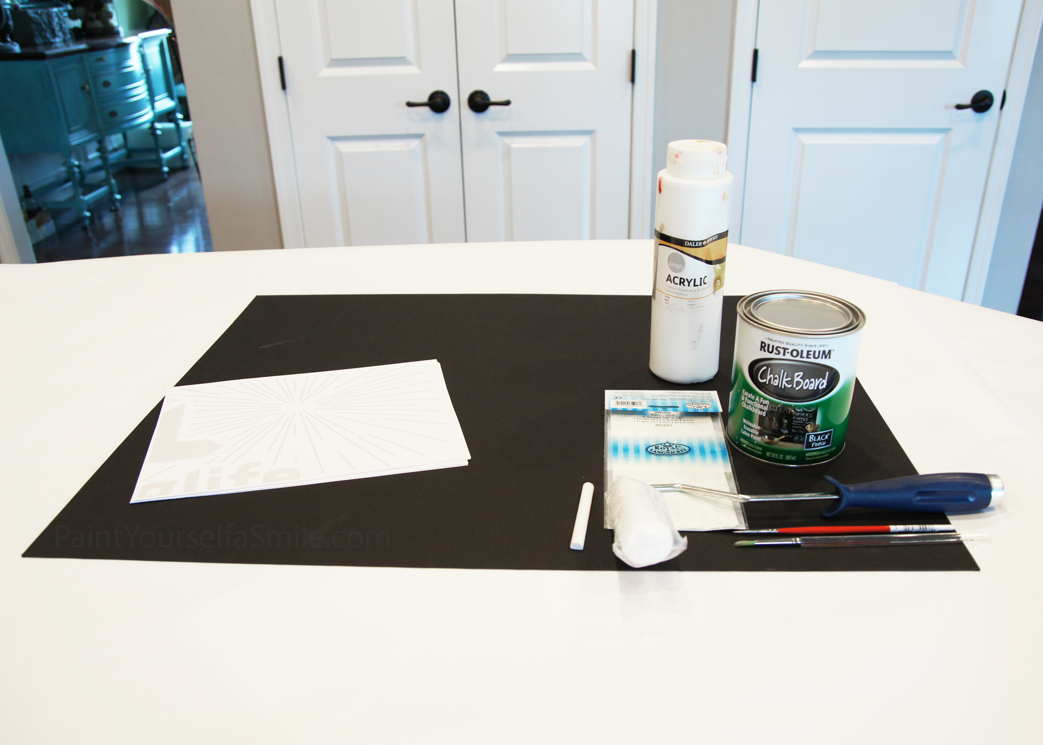How to Fake Chalkboard Art and Free Printable!