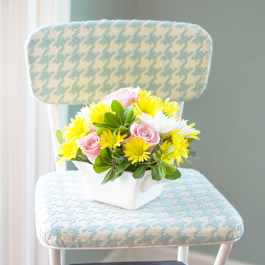 Enjoyable Vintage 60S Step Stool Gets A Makeover Paint Yourself A Smile Ocoug Best Dining Table And Chair Ideas Images Ocougorg