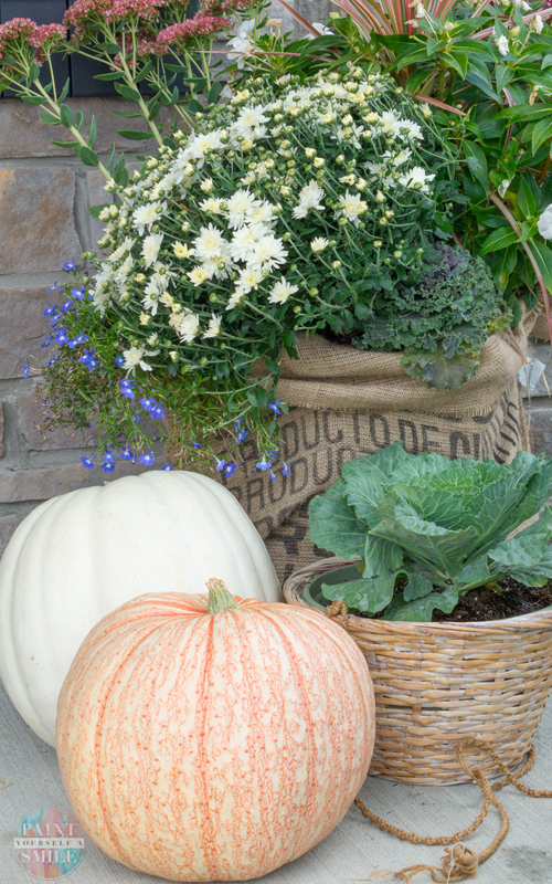 fall-pumpkin-porch-burlap