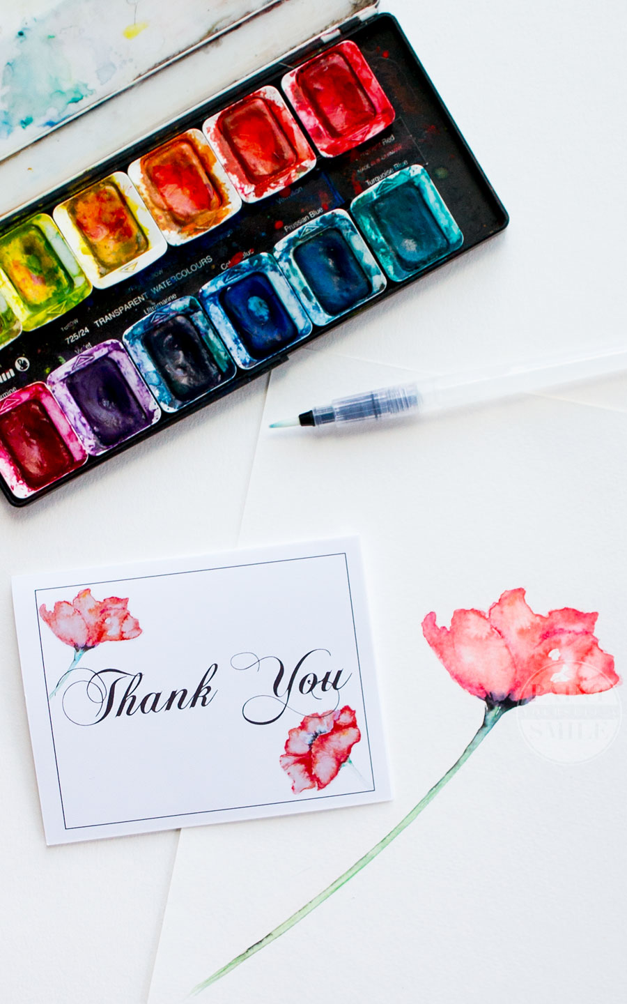 "Pretty! 2 beautiful free downloadable watercolor printables from the ""Contagious Kindness"" project! Download either a pretty poppy thankyou card or cute blessings and joy tags."