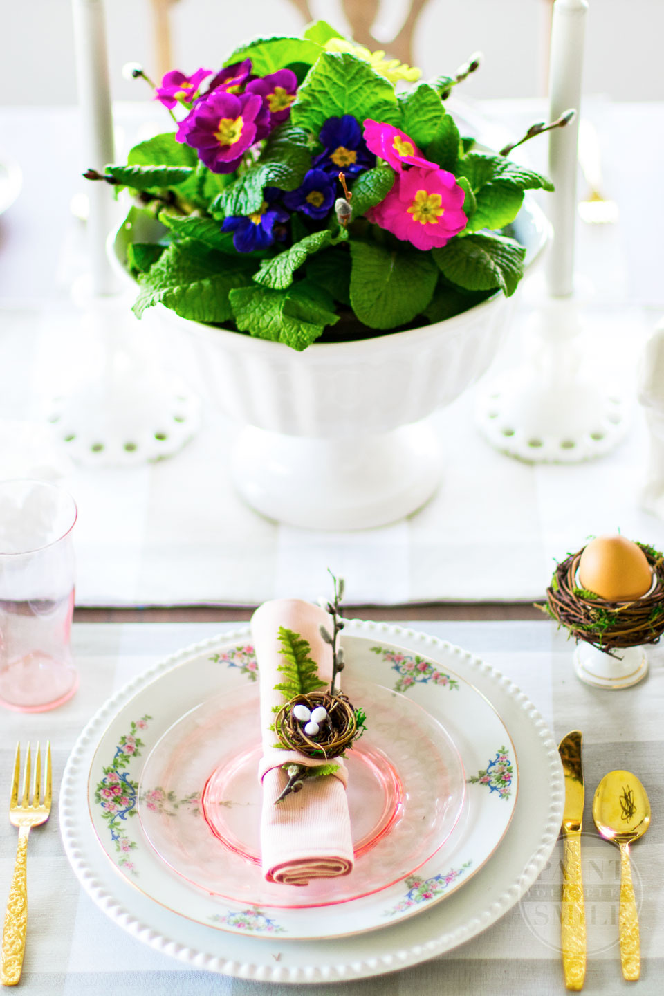 Simple Spring Decorating Ideas and huge blog hop of beautiful homes decorated for spring…Styled for Spring Home Tours 2018 PaintYourselfaSmile.com
