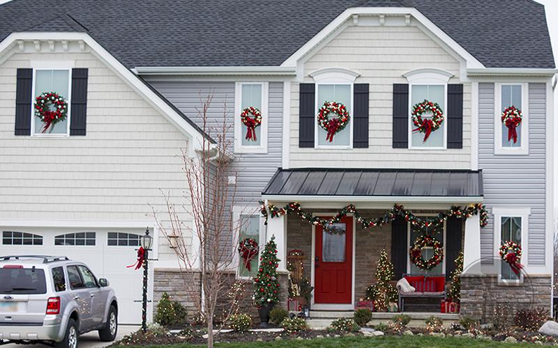 Christmas Window Wreaths